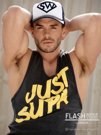 flash_avenue_studio_supawear01